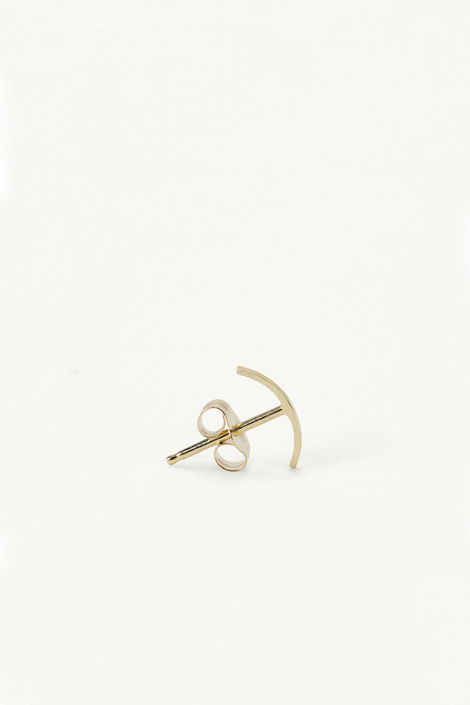 14K Gold Stitch Stud