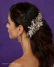 Load image into Gallery viewer, Helena rose gold and rhinestone hair clip