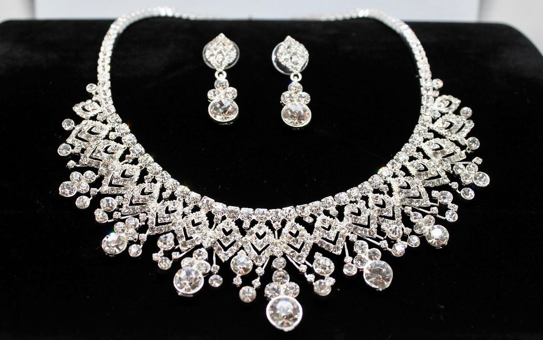 Contessa statement necklace and earrings set