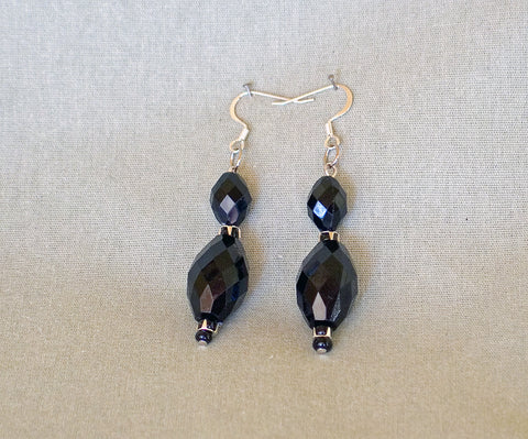 Black Earrings by Jaz - Sonarta.com