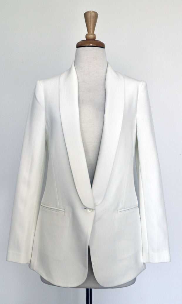 CARAVAN AND CO WILSON TUXEDO BLAZER IN IVORY