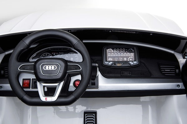 Audi Q5 version 2 places 12 volts