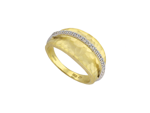 Diamond and 9ct Gold Ring 6574YWD
