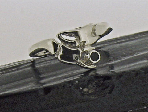 Whitby Jet & Silver Crab Claw Ring AR3-6