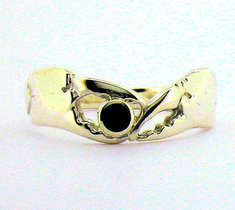 Whitby Jet & Silver Crab Claw Ring AR2-6