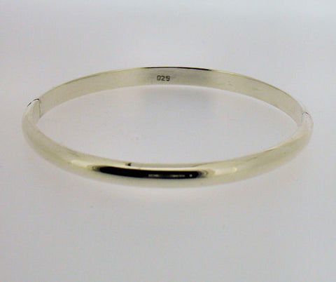 Silver Hinged Bangle B272