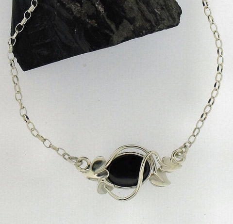Whitby jet and Silver Necklace NN68X1