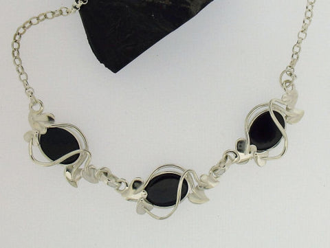 Whitby jet and Silver Necklace NN68X3