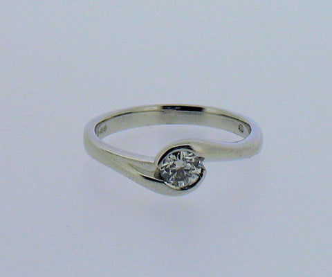 Diamond and 18ct White Gold Ring QR155