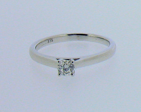 Diamond and 9ct White Gold Ring R567