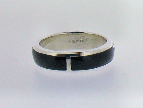 Whitby Jet and Silver 6mm Band Ring RW11