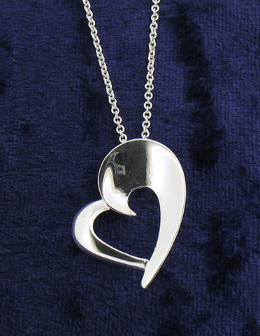 Silver Heart pendant and Chain SDEP289