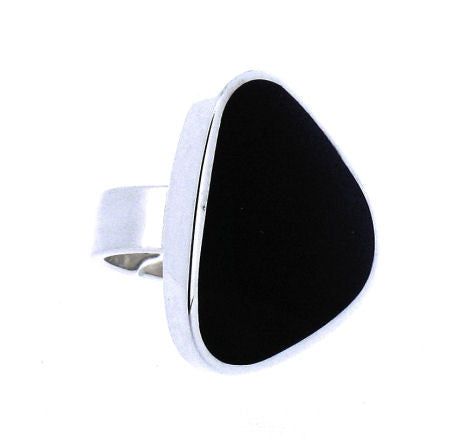 Whitby Jet & Silver Ring CR482