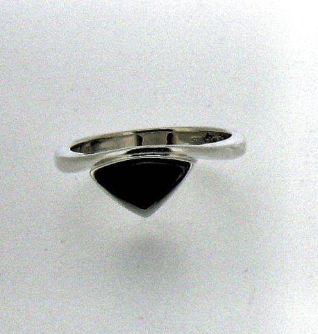 Whitby Jet & Silver Ring CR477