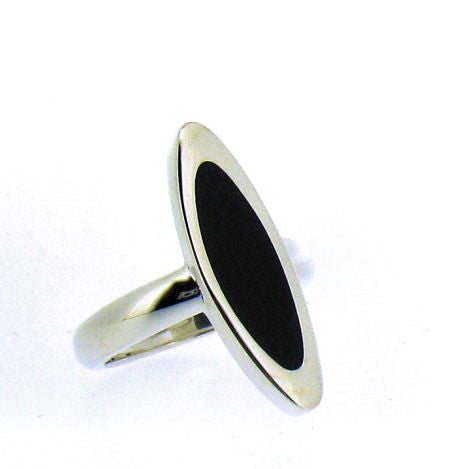 Whitby Jet & Silver Ring CR494