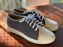 Load image into Gallery viewer, Women's Sneakers Gray/Beige Size 8
