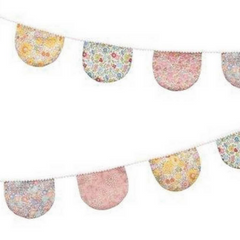Floral Scallop Fabric Garland