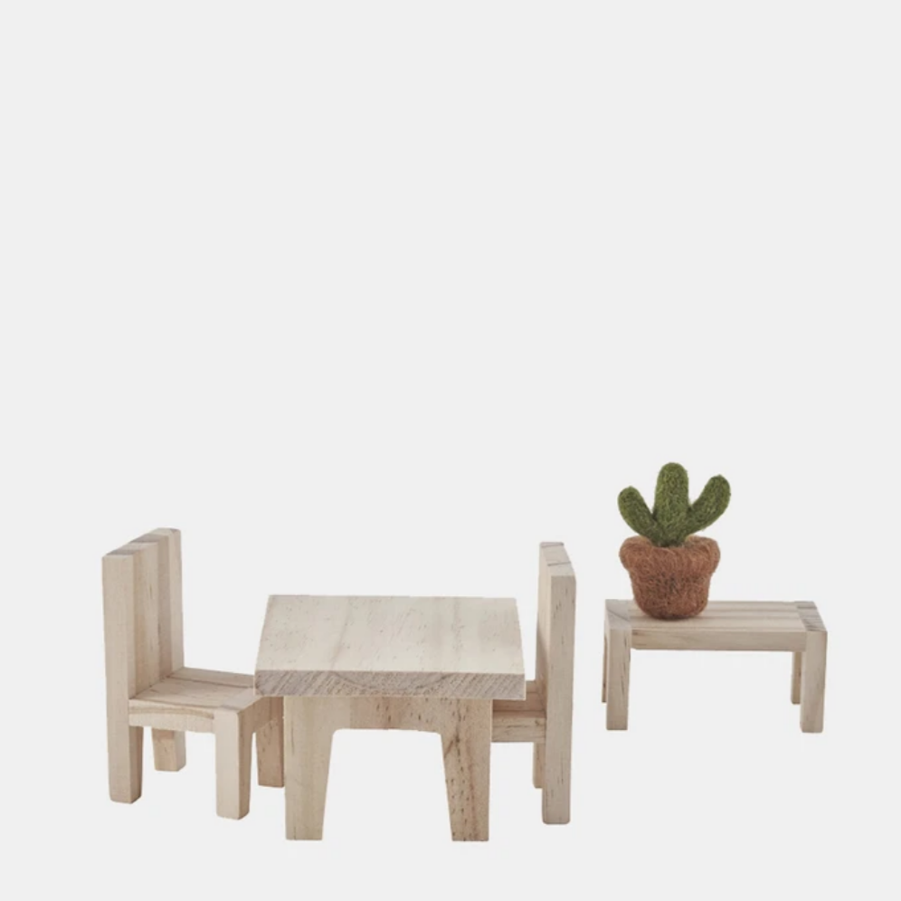 Holdie Dining Set