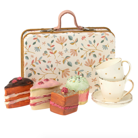 Cake and Suitcase Set Floral