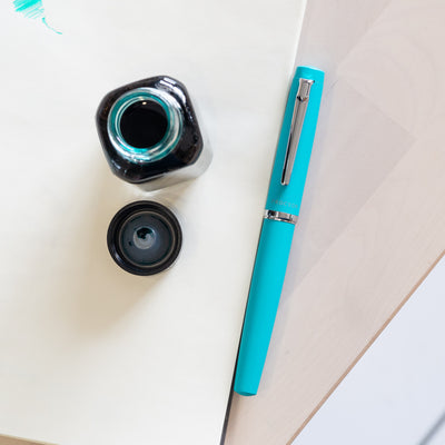 Platinum Procyon Fountain Pen - Turquoise Blue Matte Finish