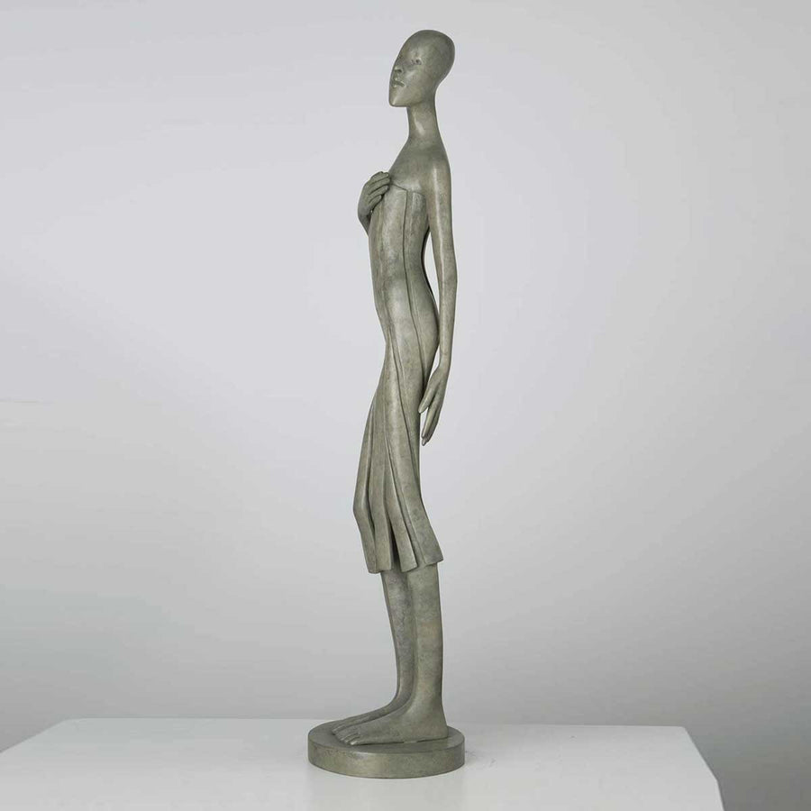 Callipyge, Bonze sculpture by Miramontes Isabel - Fp Art Online