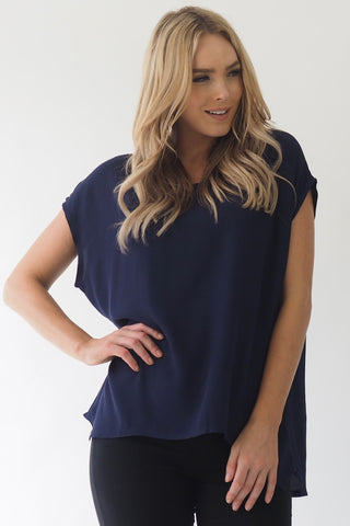 Parque basic navy top