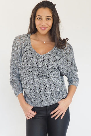 Savannah V Neck Knit - Black and white