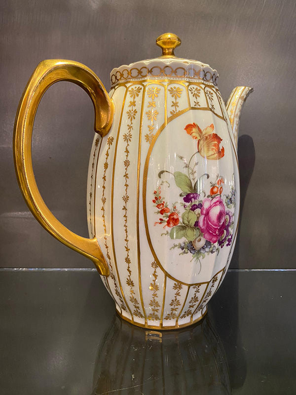 Porcelain Coffee Pot c.1930s