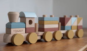 Stacking Train - Pure & Nature - Little Dutch