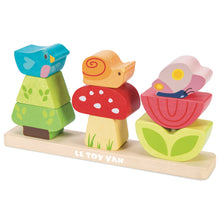 Load image into Gallery viewer, My Wooden Stacking Garden - Le Toy Van
