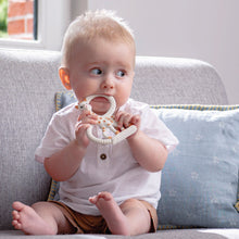 Load image into Gallery viewer, Sophie La Girafe Teething ring