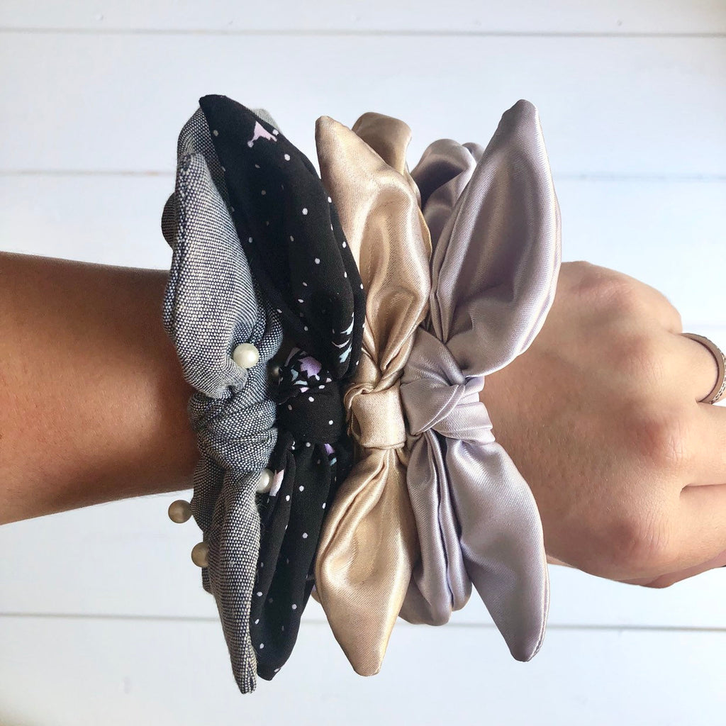 Give It a Pearl Scrunchies