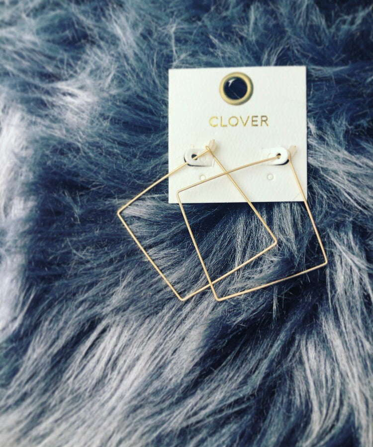 Gold Square Shapped Earring