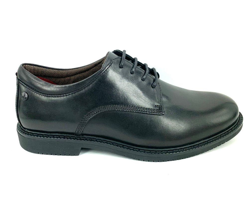 Clarks Dallas School Shoes E width -  black