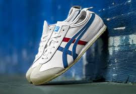 Onitsuka Tiger Mexico 66 Unisex Leather Sneakers - White