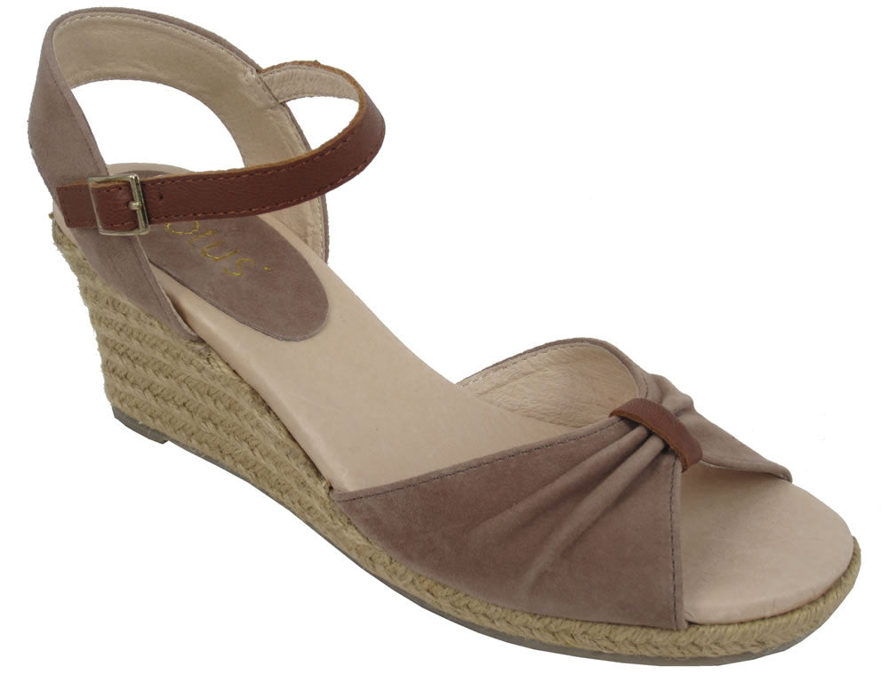 Avoca Women's Wedge Sandals - DarkTan