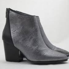 Drink Womens Leather  Ankle Boot - Silver Grey / Black