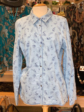 Load image into Gallery viewer, French Dressing Paisley / Solid Reversible Long Sleeve Blouse