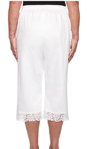 Alfred Dunner Capri with Lace Border-White