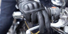 Load image into Gallery viewer, Belstaff Sprite Gloves