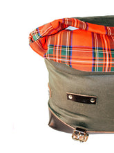 Load image into Gallery viewer, La Poderosa Bariloche Saddlebag 25L