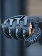 Load image into Gallery viewer, Lee Parks Design Sumo R Gauntlet Gloves