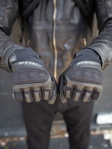 REVIT Striker 3 Gloves
