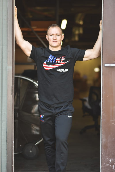 Nike USA Wrestling Flag Fill Legend T (Black)