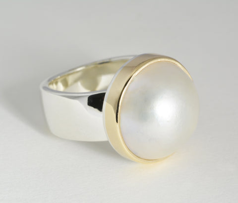 Custom: Two tone pearl ring