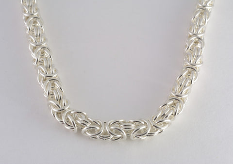 Kings Chain Medium Necklace