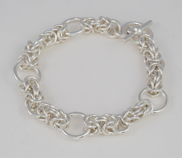 Kings Chain Medium Bracelet Variation