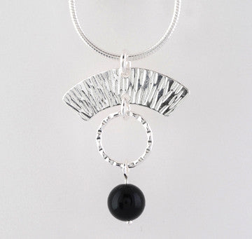 Arches Pendant with Black Onyx and Textured Ring