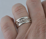 Eternal Love Celtic Knot Ring with Rails