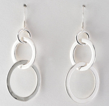 Oval Link Short Earrings